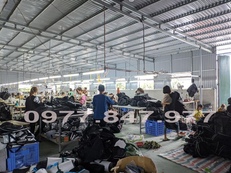 Nhà máy sản xuất balo túi xách